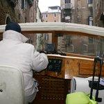 de táxi pelos canais de Veneza