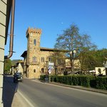 All'ingresso del paese