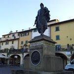 Il monumento a Giovanni da Verrazzano