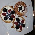 Sfogliatina ai Frutti di Bosco con Crema Chantilly destrutturata