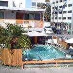 vue depuis notre chambre sur la piscine