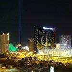 Blick aufs Hilton Grnd Vacation bei Nacht