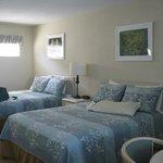 room 19 w/ 2 queen beds