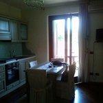 Angolo cottura e balcone