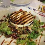 Manuri salad