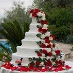 La torta nuziale del matrimonio di Danilo e Federica 26/05/2012 creata da Oretta
