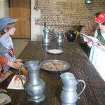 Cahier d'activités pour les enfants afin de suivre l'exposition et le quotidien de DaVinci