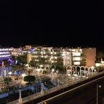 Вид с балкона на соседний отель.