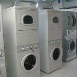 lavanderia depois da troca de máquinas