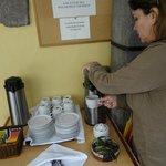 O famoso chá de coca na recepção