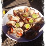 Fresh Clams with lime and tabasco