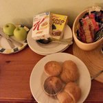 Breakfast 15 hours to early