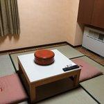 和洋室の畳側です