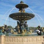 Brunnen auf dem Place de la Concorde