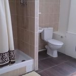 Chambre salle de bain. 65 € Chambre douche