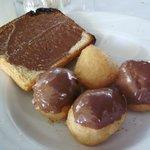 loukoumades nella nutella