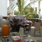 ¡Desayuno en terraza!