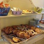 Un altro angolo dell'eccellente colazione