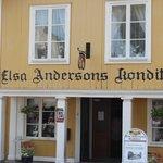 I detta vackra hus finns iElsa Anderssons konditori