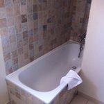 Salle de bain chambre 30