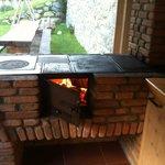 Cucina a legna con pietra ollare ed aspirazione
