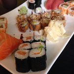 Sushi plate for 2