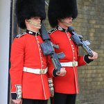 guards changing