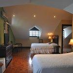 Room number 5 (3 beds).