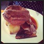 Roast pork with crackling ��