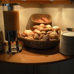 Breakfast Bar (1)