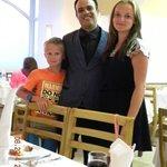 Nasz ulubiony kelner -Adel (polecam gorąco)