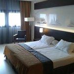 chambre moderne et lits jumeaux ds tout l'hotel visiblement !