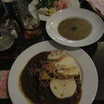 York, Sopa de Patata y Goulash.