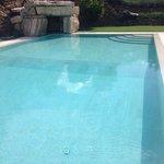 La bellissima piscina.