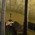 Cripta: Los dos ataudes centrales con Isabel y Fernando