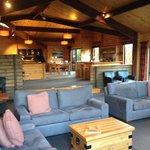 Photo de Westwood Lodge- A Select Hotel