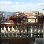 balconey 2