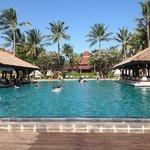 une...des piscines de l'hôtel