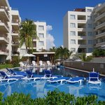 Ixchel Beach Hotel-East Pool