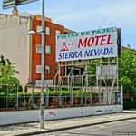 Photo de Motel Sierra Nevada