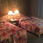 Glacier Bay Lodge room