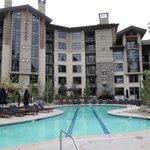 nice pool..