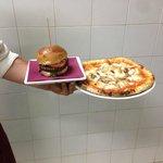 Panino con Max Hamburger di 250 gr. di Chianina