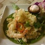 salade de mangoustan et crevette