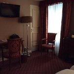 triple room, plenty spacious