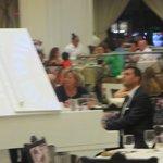 La Gondola- Pianist