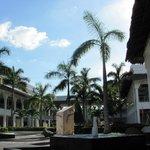 Patio Principal Grand Riviera Princess (Noviembre 2012)
