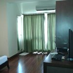 Clean and tidy rooms, housekeeping service good
