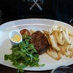 Angus steak med handcut chips