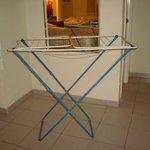 Tendedero para secar la ropa ( no había otra opción )